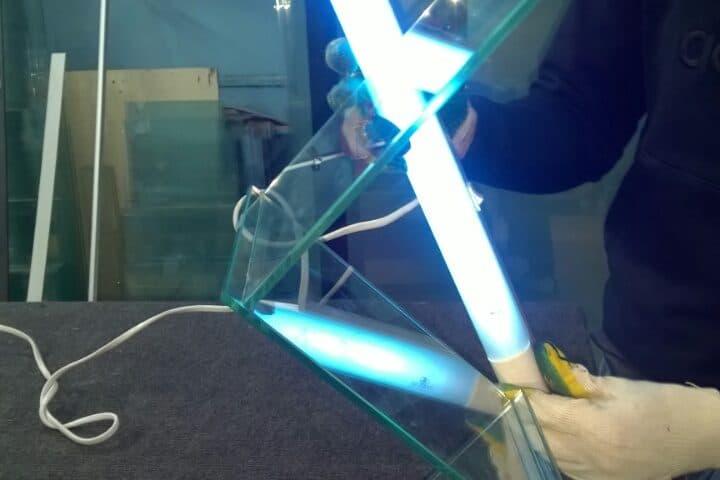 обработка стекла УФ
