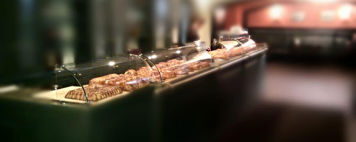 витрины про продовольственных магазинов