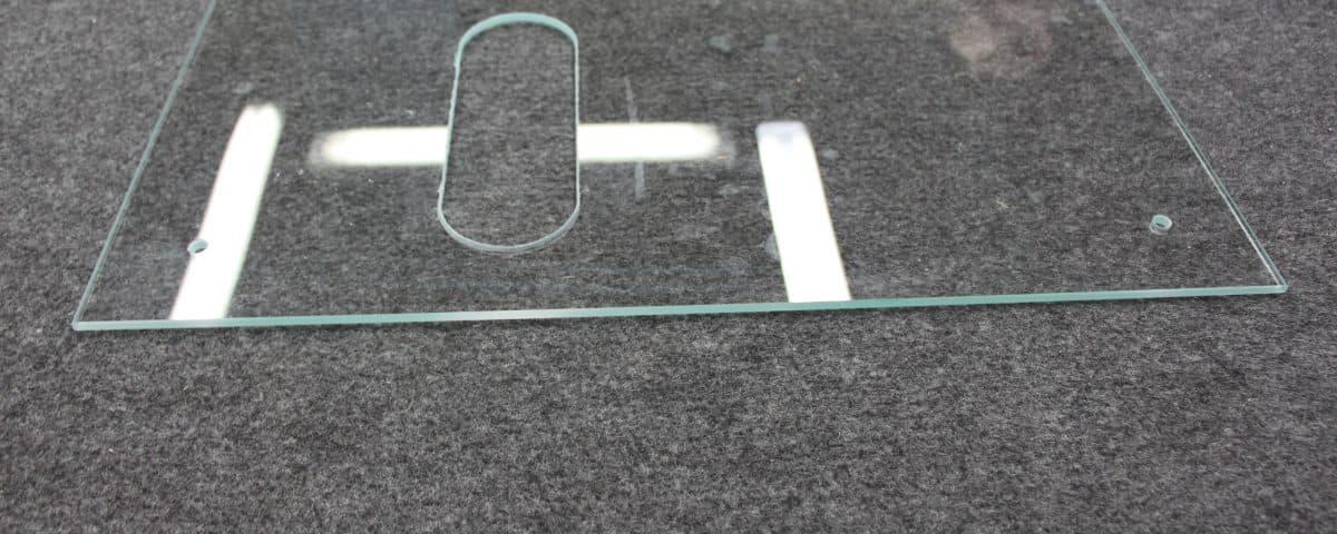 вырезы на стекле Минск