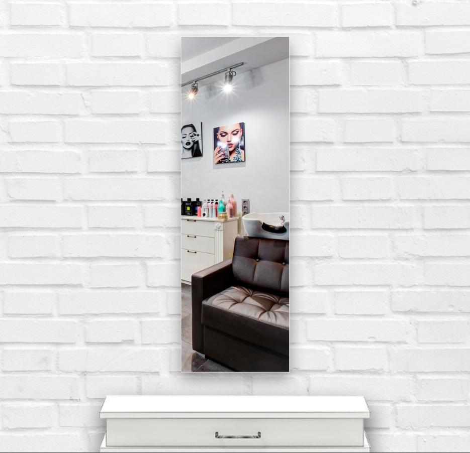 Зеркало в парикмахерскую 500×1400 мм с фацетом 15 мм, отверстиями для крепления и противоосколочной пленкой