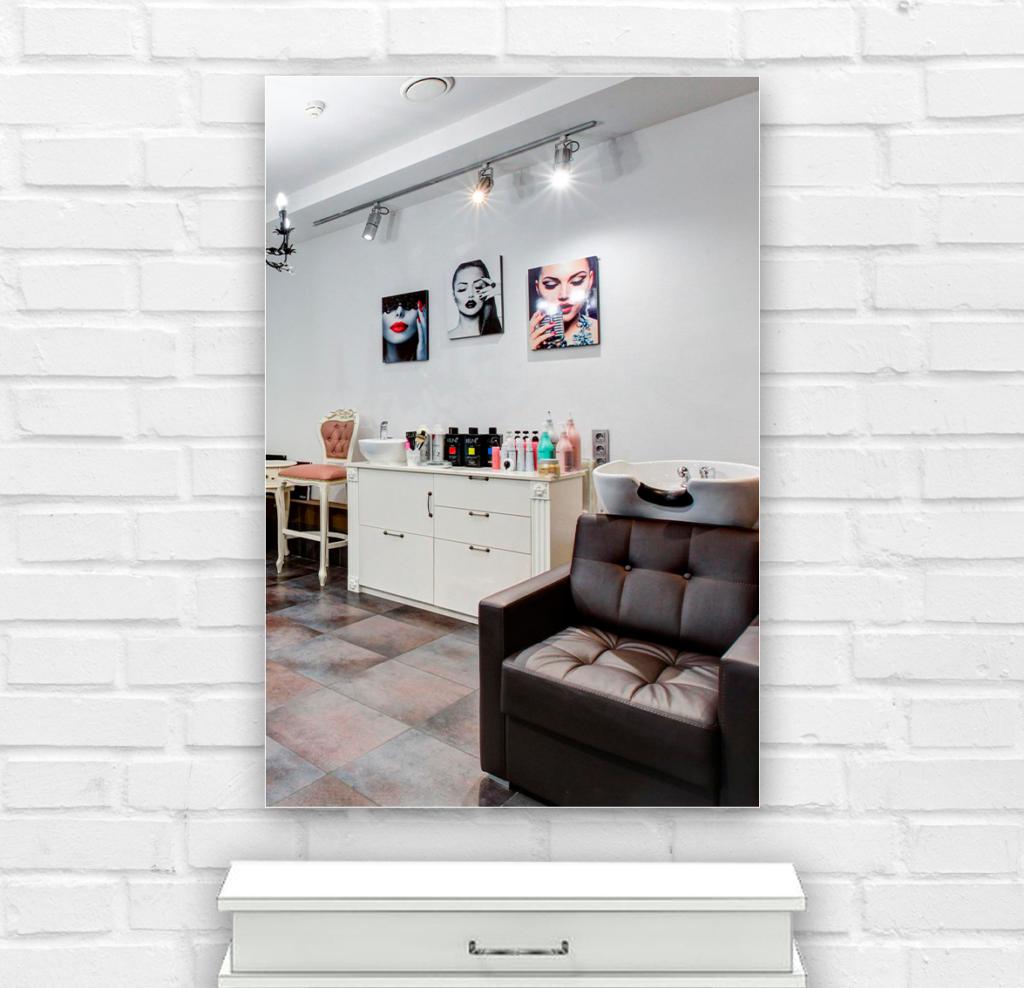 Зеркало в парикмахерскую 400×600 мм с фацетом 25 мм и скрытым креплением