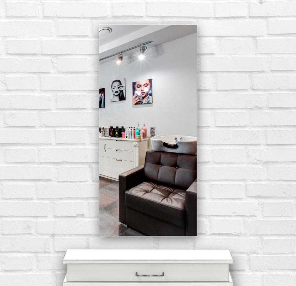 Зеркало в парикмахерскую 400×900 мм с фацетом 20 мм и с отверстиями для крепления