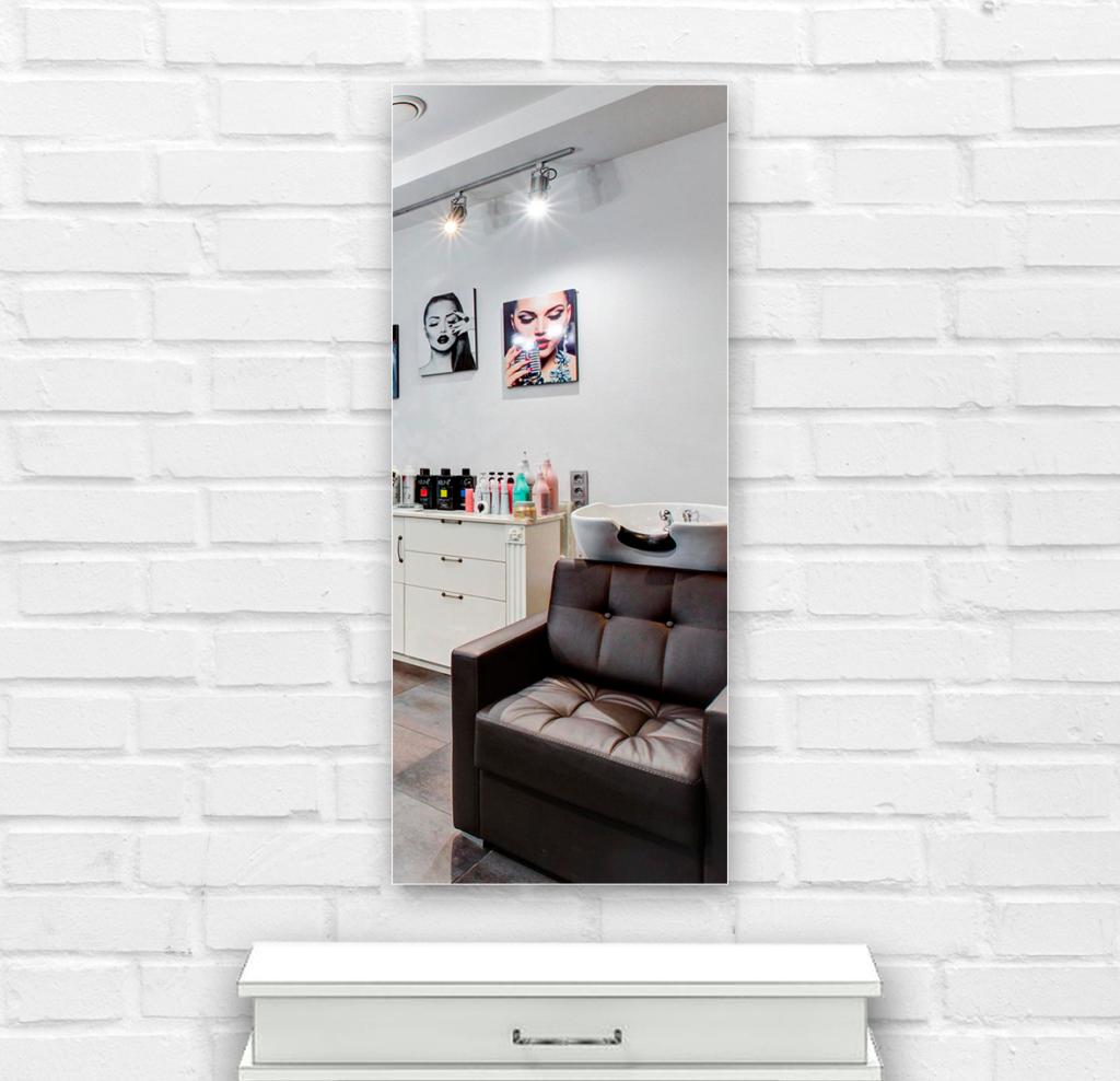Зеркало в парикмахерскую 400×1000 мм с фацетом 25 мм и с отверстиями для крепления