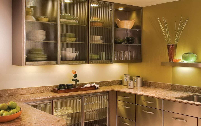 Стеклянные кухонные фасады