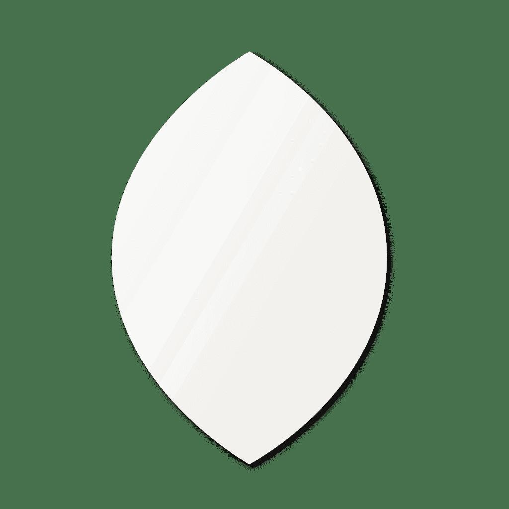 Фигурное зеркало 600×900 мм осветленное с еврокромкой и креплением на клей