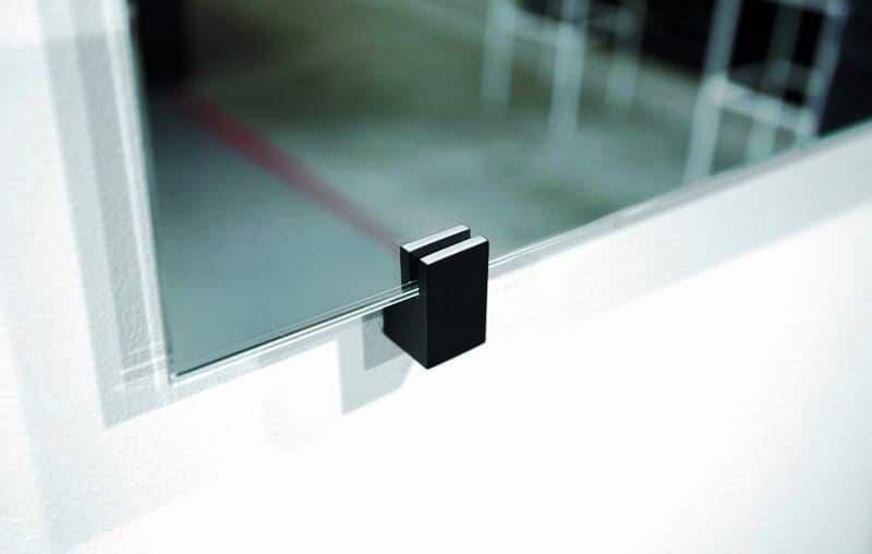 Как крепятся зеркала на подпорках?