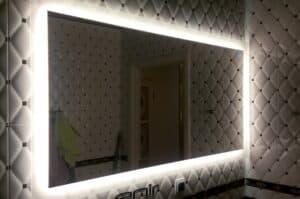 Зеркало с подсветкой для клуба
