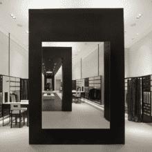 Зеркало для магазина 400×500 мм с еврокромкой и креплением на клей