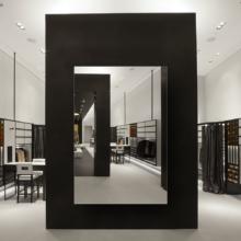 Зеркало для магазина 400×600 мм с фацетом 5 мм и скрытым креплением