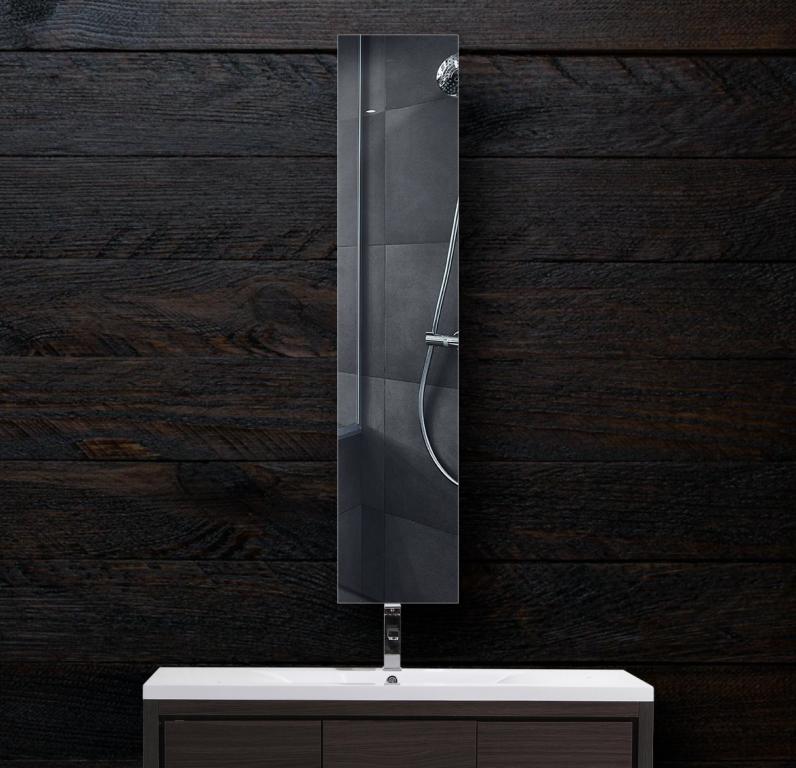 Зеркало в ванную 300×1600 мм с фацетом 10 мм и скрытым креплением