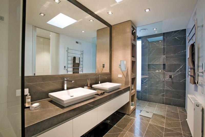 Зеркала в ванной — декор или необходимость