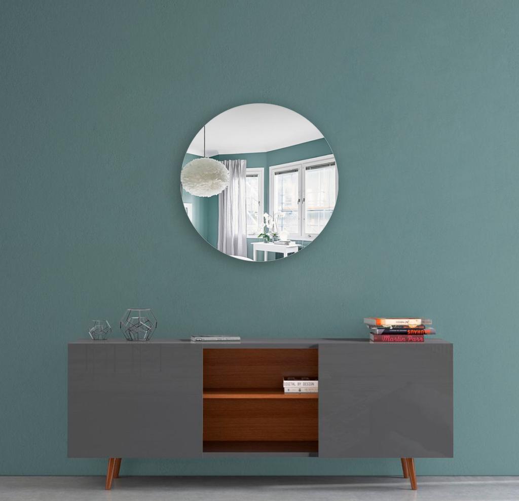 Круглое зеркало диаметром 250 мм с фацетом 15 мм осветленные для монтажа на клей
