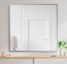 Зеркало 800×800 мм с фацетом 10 мм в алюминиевой раме