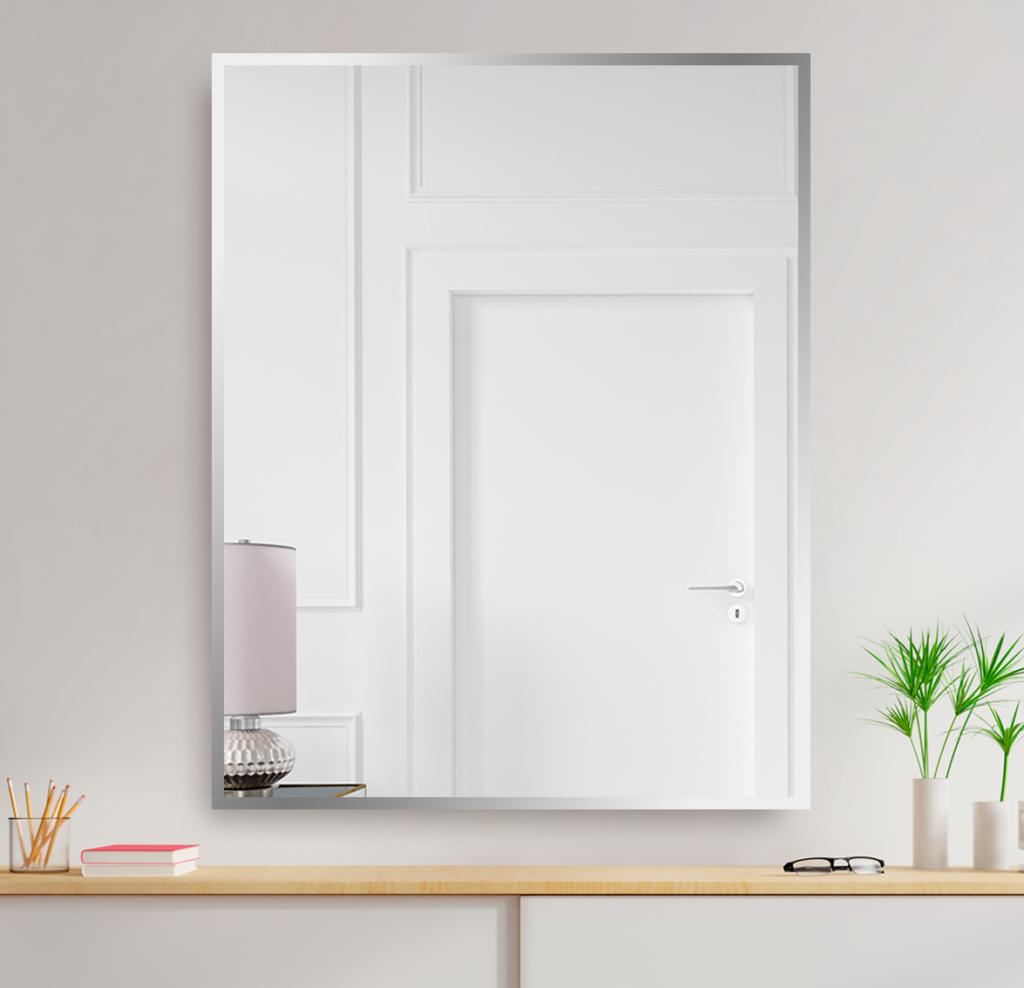 Зеркало 800×1000 мм с полированной кромкой в алюминиевой раме