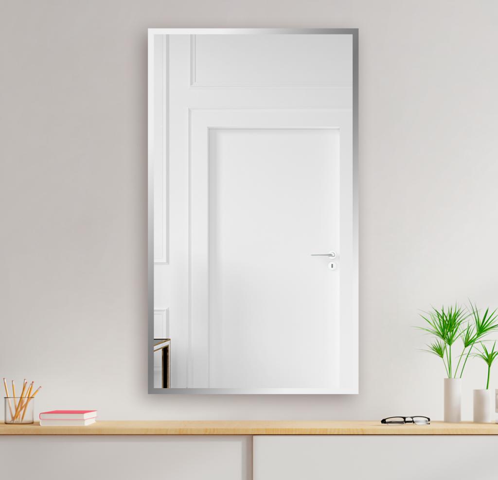 Зеркало 400×700 мм с полированной кромкой в алюминиевой раме