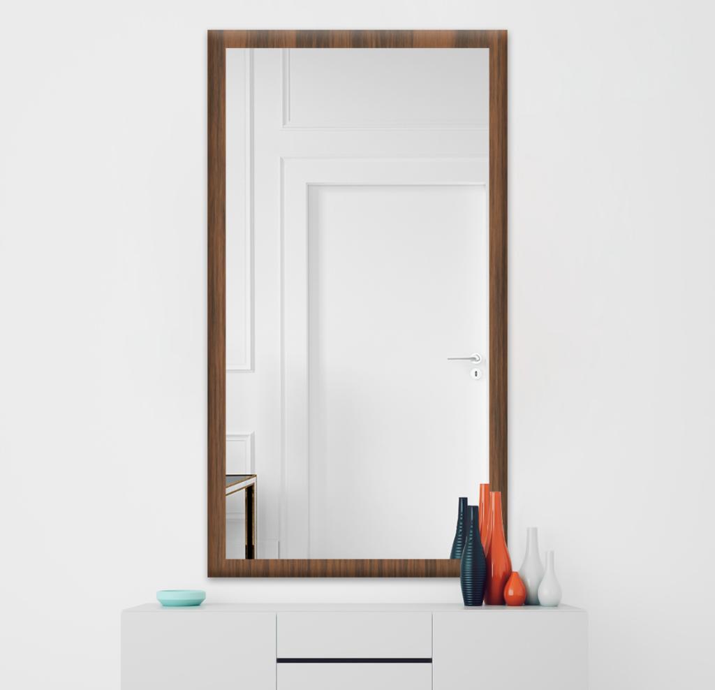 Зеркало 700×1400 мм осветленное в деревянной раме